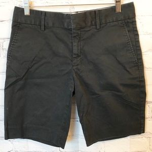 Banana Republic black bermuda shorts 6P